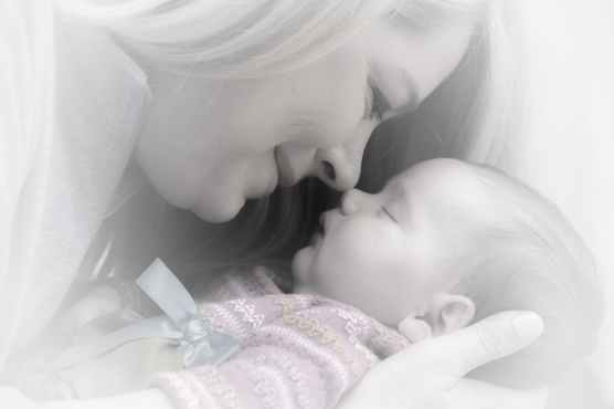 newborn-baby-mother-adorable-38535.jpeg